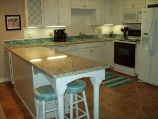 Two Bedroom Colorful Condo in Destin Florida - Destin vacation rentals