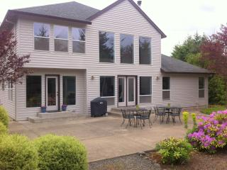 Eagle Crest Wine Country Retreat - Dundee vacation rentals