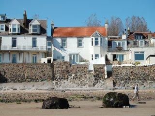 The Ultimate Seaside Holiday in Lower Largo!! - Fife & Saint Andrews vacation rentals