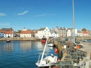 Harbourfront House with great sea views St Monans - Fife & Saint Andrews vacation rentals