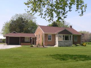 Lake Orchard Farm Cottage - Sheboygan vacation rentals