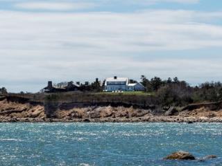 BLUFF HOUSE ON SQUIBNOCKET RIDGE: STUNNING WATER VIEWS & PRIVATE BEACHES - CHIL JHOR-78 - Chilmark vacation rentals