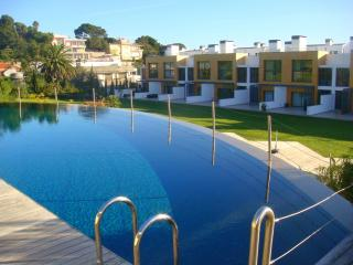 Cascais Riviera - Luxury Condo with swimming pool - Cascais vacation rentals