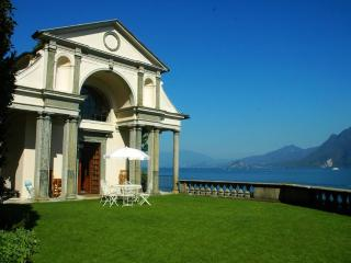 Unforgettable lakefront experience: a divine villa - Levanto vacation rentals