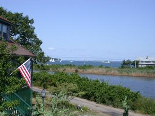East Chop, Quiet, Walk/Bike to town, Awesome Views - Oak Bluffs vacation rentals