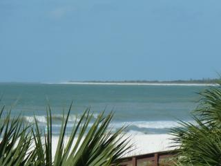 REMODELED  BEACHFRONT rental on Marco Island--WOW - Marco Island vacation rentals