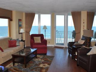 Direct Oceanfront 3 Bedroom Condo--No drive beach! - Daytona Beach Shores vacation rentals