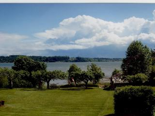 Beachwood House-Spectacular Beach Vacation! - Courtenay vacation rentals
