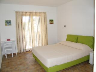 Vacation farm in the hills of Central Italy - Abruzzo vacation rentals