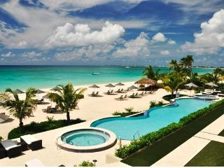 7MB Beachcomber Corner unit 17 Ocnfront - Sunsets - Grand Cayman vacation rentals