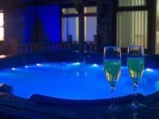 Beautiful house with HOT TUB 20 mins to Edinburgh - Edinburgh vacation rentals