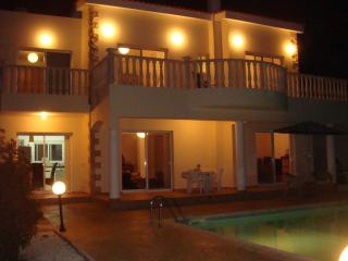 Beautiful 5 Bedroom Villa in  Sea Caves, Pafos - Edinburgh vacation rentals