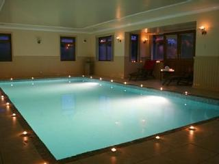 Luxury Holiday Home with Indoor Pool & Hot Tub - Edinburgh vacation rentals