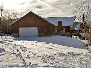 Pet Friendly, Fenced Yard - Comfortable & Spacious (8174) - Steamboat Springs vacation rentals