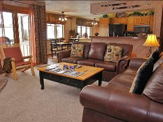 Ski to within 30 Yards of the Condo - Private Shuttle & City Shuttle Service (3708) - Steamboat Springs vacation rentals