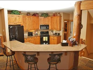 Slope Views, Great Location - Great Location & Amenities (8874) - Steamboat Springs vacation rentals