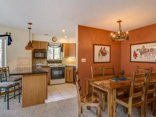 2 Bedroom, 2 Bathroom House in Breckenridge  (03D) - Breckenridge vacation rentals