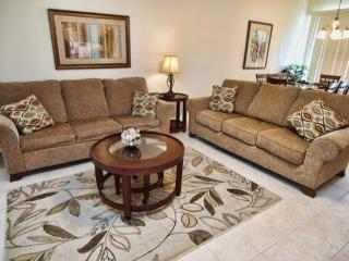 TF4T2517OKC Luxury 4 BR Town Home with Pool and WIFI - Kissimmee vacation rentals