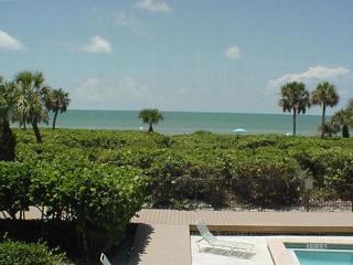 White Sands #13 Gulf front condo on Sanibel Island - Sanibel Island vacation rentals