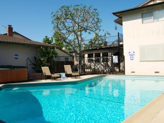 Castle 1 with 6 Bdrm and 3 bath Pool&Spa, Walk to Disney! - Anaheim vacation rentals