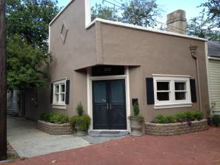 AUG SPEC!!! HGTV Featured House on Jones Street - Savannah vacation rentals