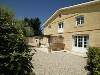 Le Relais, relax in a cottage on a Bordeaux winery - Gironde vacation rentals