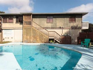 Atlantic Oasis, 4 Bedrooms, Fenced in Garden, Pool - Crescent Beach vacation rentals