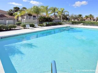 L Pavia Condo with pool near the beach - Venice vacation rentals