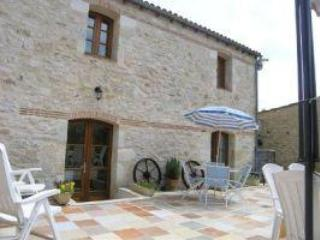 Property from Walled Courtyard - Delightfully Restored Stone Built Barn with Pool - Pessac-sur-Dordogne - rentals