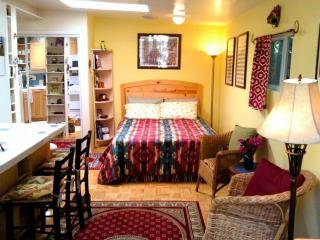 Enchanting Cottage & Gardens, Bike to the Beach - Santa Monica vacation rentals