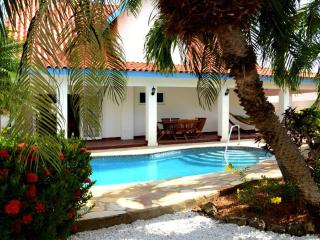 Villa - very private pool and garden, near beaches - Palm Beach vacation rentals