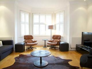 Onslow Gardens (one bedroom) South Kensington, SW7 - London vacation rentals