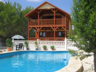 Charming country villa, near Valencia & beaches - Godelleta vacation rentals