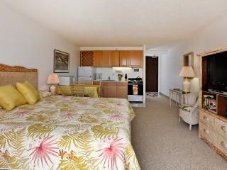 Marine Surf #2008 - Heart of Waikiki studio on 20th floor - ocean views, WiFi, parking, sleeps 2. - Oahu vacation rentals