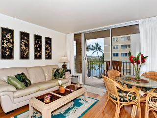Fairway Villa #817 - 2-bedroom, 2 bath – sleeps 4! AC, washer/dryer, dishwasher, WiFi, parking. - Waikiki vacation rentals