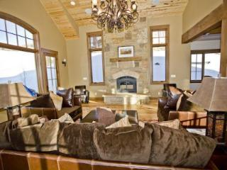 $695/nt for 5+ nights! Luxury! Hot Tub! Slps 13! - Crested Butte vacation rentals