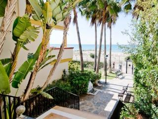 Apt  with access  beach( Niiki), WiFi & parking - Marbella vacation rentals