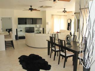 Luxury New 2 Bedroom Condo Open Plan Sleeps 6 - Saint Kitts and Nevis vacation rentals