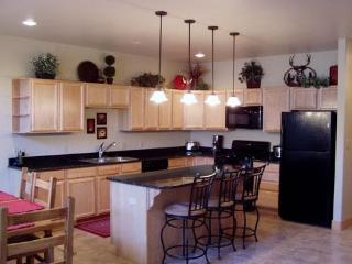 Golf Course Home 2 bd/2bath - South Fork vacation rentals