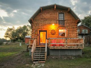 Cabin in Downtown w/ Hot Tub, Sleeps 6 - Pagosa Springs vacation rentals