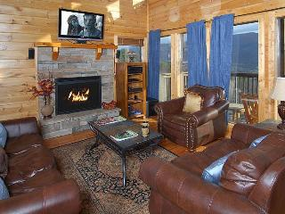 Aug. $225/Nt, SECLUDED, 25 Mile View, Theater Room - Wears Valley vacation rentals