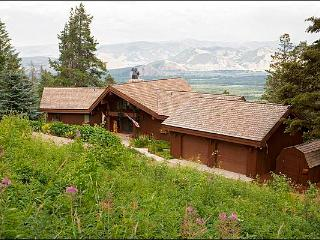 Private Hot Tub, Sauna, & Jacuzzi Tub - Wet Bars,  HDTVs, Vaulted Ceilings (1719) - Wyoming vacation rentals