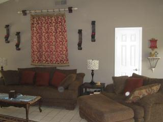 10% OFF Aug! Easy Access to All DFW! Wifi Internet - Texas Prairies & Lakes vacation rentals