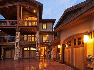 Fairway Villa 2 at Canyons Resort with Walking Distance to Slopes and Access to The Miner`s Club - Park City vacation rentals