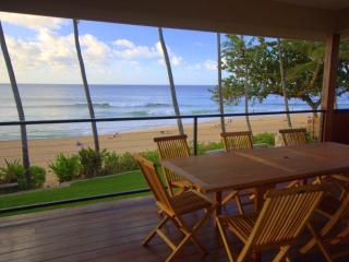 Pipeline House - 5BR, 2 Kitchens, on Sand @ Pipe! - Haleiwa vacation rentals