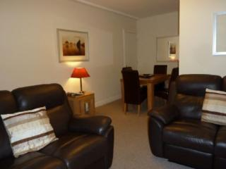 MAPLE LEAF COTTAGE, Windermere - Bowness & Windermere vacation rentals