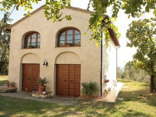 Private Hayloft with Garden near Montespertoli - Montespertoli vacation rentals