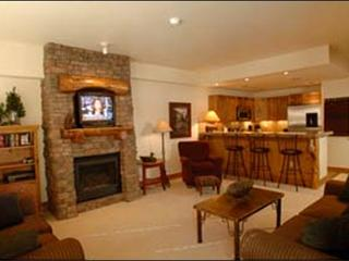 Spacious Layout - On the Loop Shuttle Route (1086) - Southwest Colorado vacation rentals