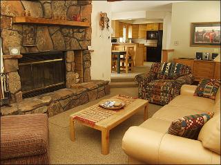 Easy Walk to Lifts - 200 Yards - Quiet Creekside Location (3008) - Winter Park vacation rentals