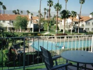 Beautiful condo w/ balcony overlooking large pool - Palm Desert vacation rentals